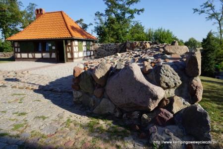 Kruszwica mury kazimierzowskiego zamku