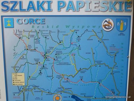Ścieżki szlaków papieskich, tras wyznaczonych na podstawie wędrówek Karola Wojtyły
