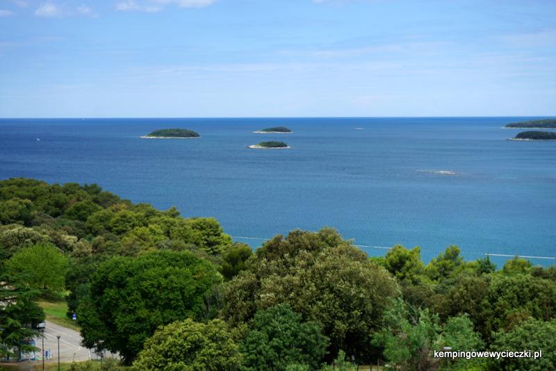 archipelag 18 niezamieszkałych wysp