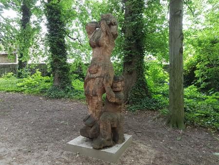 Rzeźby o szeroko pojętej  tematyce miłości