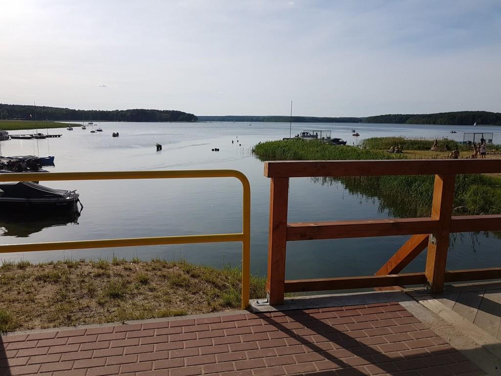 Jezioro Niesłysz - plaża w Niesulicach