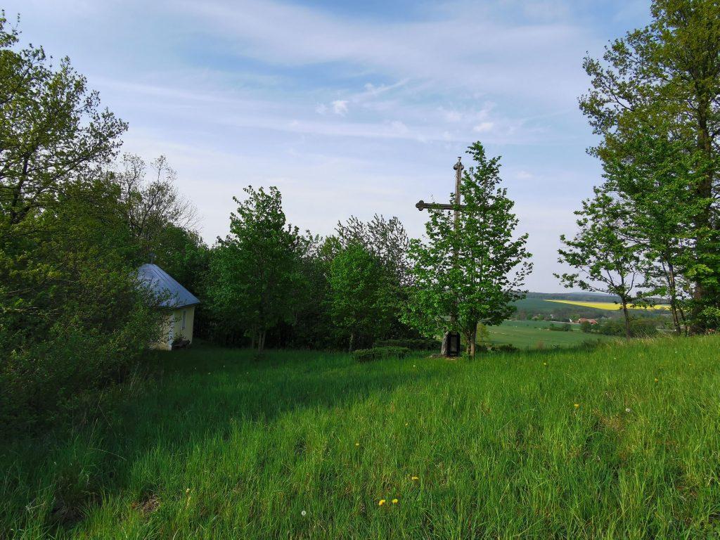 wzgórze kapliczne w Dobkowie